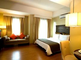 Lancaster Hotel, hotel in Manila