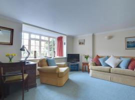 Holiday Home Ephraim-1, hotel in Royal Tunbridge Wells