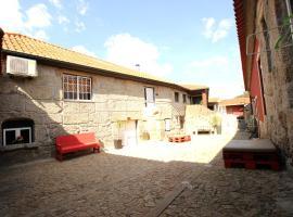 Quinta d'Areda Wine&Pool Experience, casa de campo em Fafe