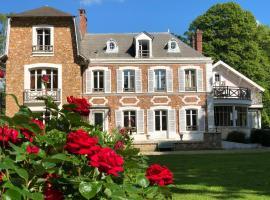 La villa rochette, hotel near Forges-les-Bains Golf Course, Forges-les-Bains