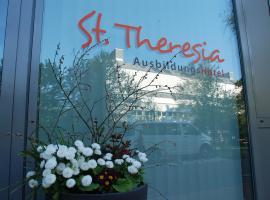 Ausbildungshotel St. Theresia, hotel near Olympiapark, Munich