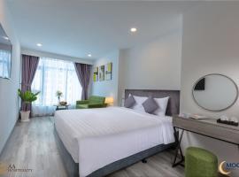 Nha Trang Moony Hotel, hotel near Thap Ba Hot Spring Center, Nha Trang
