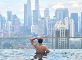 KL Skyline at 34 & Rooftop Infinity Skypool, farfuglaheimili í Kuala Lumpur