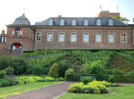 Burg Wassenberg, hotel near Herkenbosch G&CC, Wassenberg