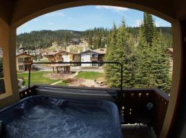 Crystal Forest #54 By Bear Country, hotel in Sun Peaks