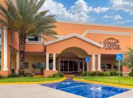 Hotel Comfort Inn Monterrey Norte, hotel near Monterrey International Airport - MTY, Monterrey