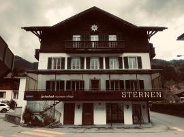 Hotel Sternen, hotel in Lenk