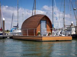 Sea Breeze Ark 900 Boat, boat in Emsworth
