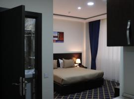 Kristal Hotel, hotel in Baku