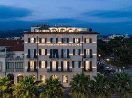 Hotel Plaza e de Russie - Relais & Châteaux, hotel in Viareggio