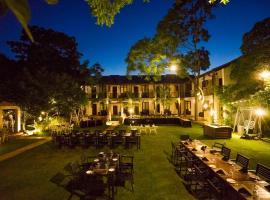 Hotel Alakamanda, hotel v destinaci Anuradhápura