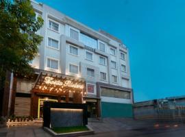 Costa Riviera Hotel, hotel in Varanasi