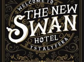 The New Swan Hotel, hotel in Swansea
