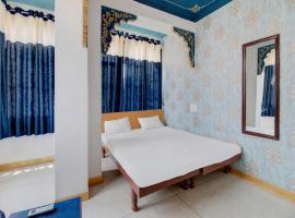SPOT ON 44241 Island Tower, hotel near Fateh Sagar Lake, Udaipur