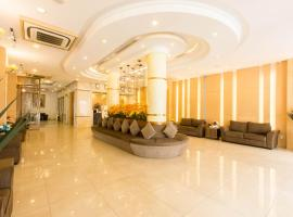 Minh Tam Hotel and Spa, hotel near Tan Son Nhat International Airport - SGN, Ho Chi Minh City