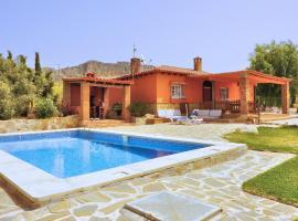 Quaint Cottage in Andalusia with Pool, hotel in Villanueva de la Concepción