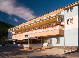 Penzion Anton, hotel v Tepličke nad Váhom