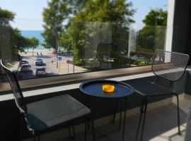H&M Hotel B&B, hotel in Vlorë