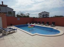 Apartment Monte Cherpo, hotel near Pula Airport - PUY,