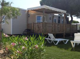 Mobilhome 6 à 8 personnes, campground in Canet-en-Roussillon