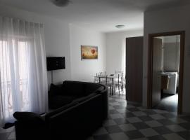 La Casa dei Gelsi, hotel in Castel Gandolfo