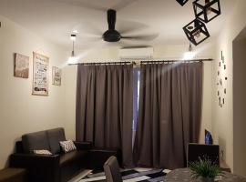 Leezaguesthouse, apartment in Bayan Lepas
