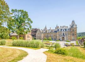 Domaine de Ronchinne - Château et Ecuries, hotel in Maillen