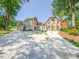 Domaine de Ronchinne - Maison du Jardinier, hotel in Maillen