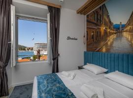 Apartments and Rooms Villa Naida, budget hotel in Dubrovnik