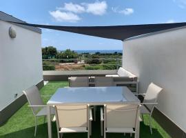 Precioso apartamento luminoso y con grandes vistas entre Benicasim y Oropesa, apartment in Benicàssim