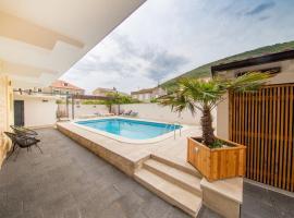Bella Vista Suites, room in Vis