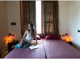 Nirvana Yoga Shala, hotel with jacuzzis in Mysore