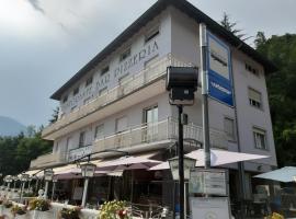 Albergo Meridiana, hotel near Malga, Pergine Valsugana