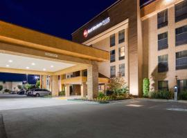 Best Western Plus Fresno Airport Hotel, hotel near Fresno Yosemite International Airport - FAT,
