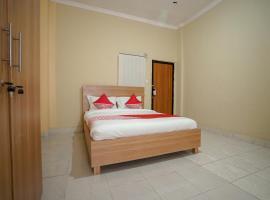 OYO 570 Pesona Asri Homestay Syariah, hotel in Palembang