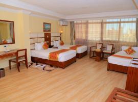 Tiffany Diamond Hotel Indira Gandhi Street、ダル・エス・サラームのホテル