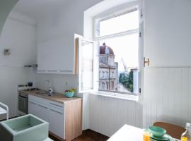 Apartment Bloom - Pula City Center, hotel in Pula