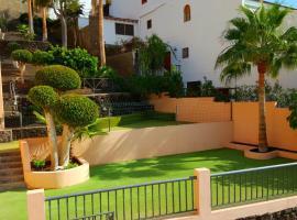 GREAT APARTMENT WITH STUNNING VIEWS, hotel v destinácii Santiago del Teide