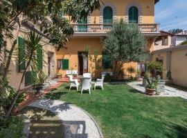 Villa Il Mosaico, apartment in Florence