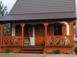 Domek w Bartoszymlesie, family hotel in Stara Kiszewa