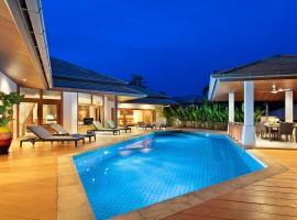 Mai Tai, luxury 3 bedroom villa, отель в Чонгмон-Бич