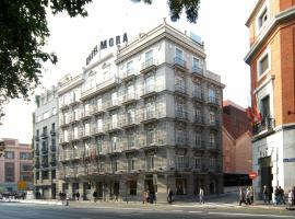 Hotel Mora by MIJ, hotel near Atocha Train Station, Madrid