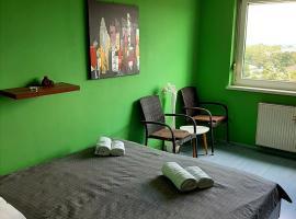 Cosy private room, well accessible 2,5 km from centre, zasebna nastanitev v mestu Ljubljana