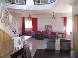 Villa case authentique ,, hotel in Saly Portudal