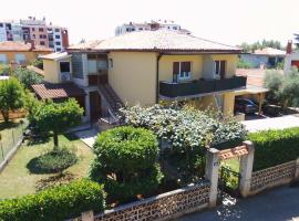 Apartments Milka, Bed & Breakfast in Umag