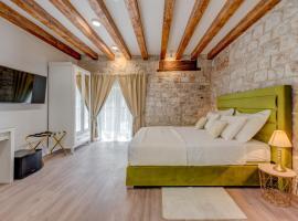 Princ Heritage Rooms, budget hotel in Split