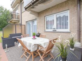 Apartment Duinendaele I, hotel in Bredene