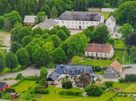 Stora Herrestad B&B, hotell i Ystad