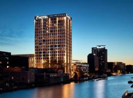 Van der Valk Hotel Amsterdam - Amstel, hotel with pools in Amsterdam