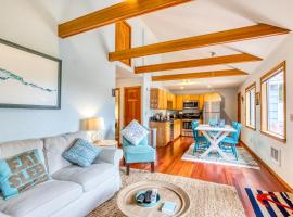 Cozy Cannon Beach Cottage by the Sea, vacation rental in Cannon Beach